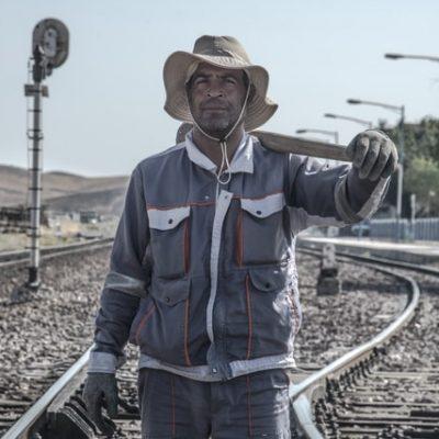Railway worker in Iran (Photo by Javad Es)